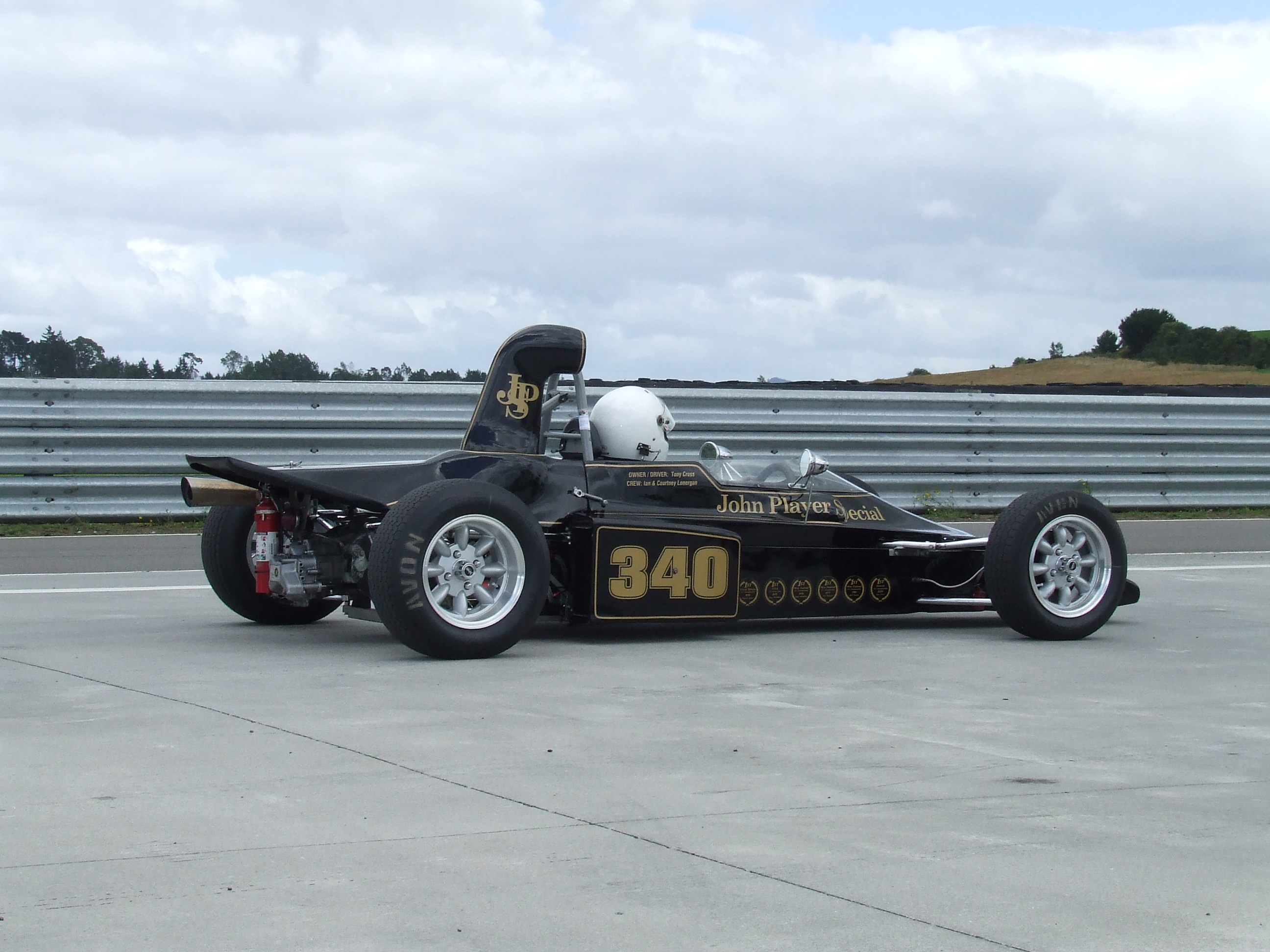On the Grid: Taupo – Historic Formula Ford Racing